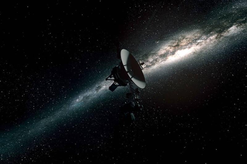 Зонды Вояджер были запущены в космос в 1977 году с мыса Канаверал, США
