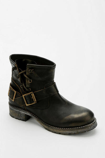urban-outfitters-black-jeffrey-campbell-engineer-boot-product-1-13943090-853434313_large_flex