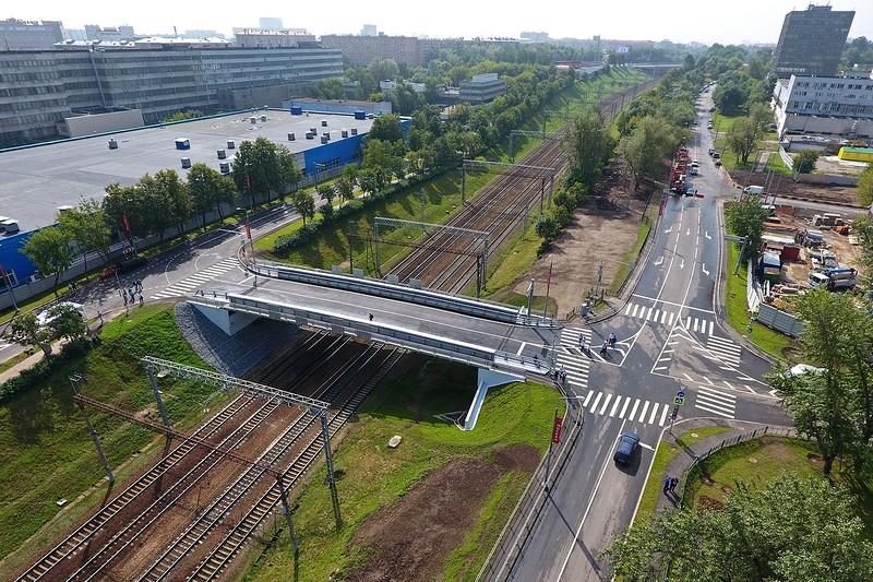 Путепровод через ж/д пути Павелецкого направления МЖД на Электролитном проезде