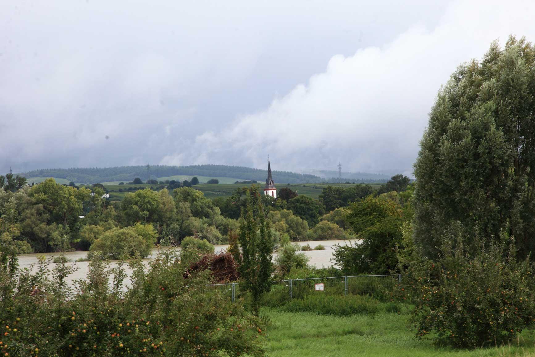 Rhine-15-08-14_12-48-51