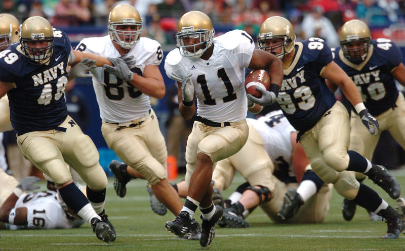 800px-2004_Notre_Dame-Navy_Game