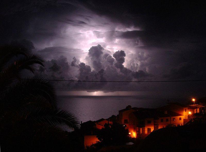 Thunder_lightning_Garajau_Madeira_289985700