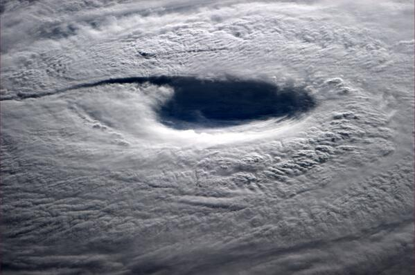 neoguri_astro_reid_eye_photo_07072014