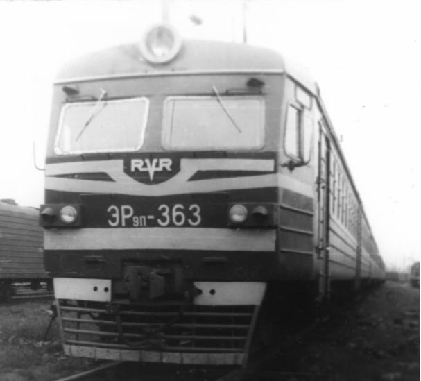 Ретро-фотографии электропоездов Владивостока. Tx8G2jaVmZM.jpg