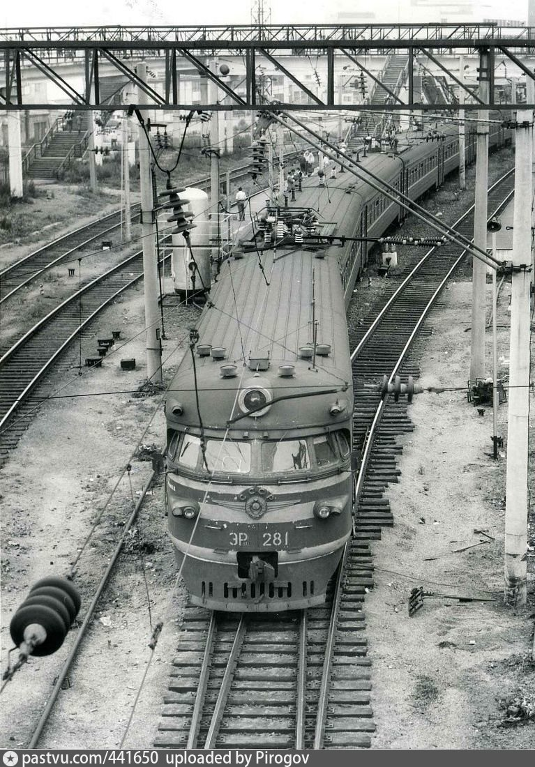 Ретро-фотографии электропоездов Владивостока. b43w7sgoqgeg0l073o.jpg