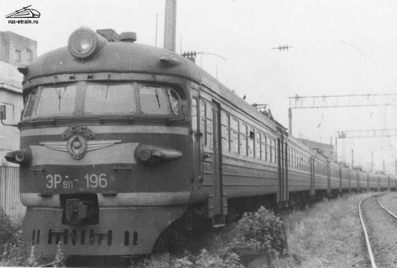 Ретро-фотографии электропоездов Владивостока. re_58_20170428195902892.jpg