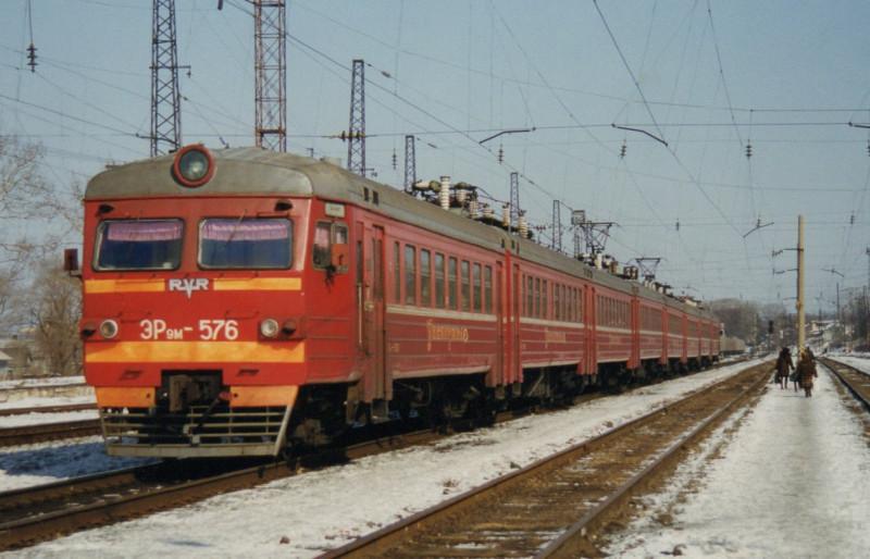 Ретро-фотографии электропоездов Владивостока. RGy7oP_akGo.jpg