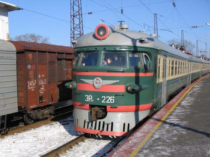 Ретро-фотографии электропоездов Владивостока. re_er9p_226_01.jpg