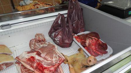 Контроль над проведением ветсанэкспертизы мяса на рынках усилят в Приангарье
