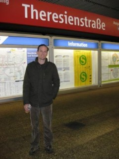 K at U-Bahn Station