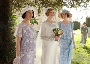 Season-3-downton-abbey-32195104-500-355