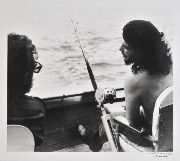 Lot 798 Alberto Korda (1928-2001) Fishing with Fidel and Che, Havana, May 1960