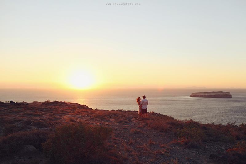 Santorini-lovestory-by-Sonya-Khegay-26