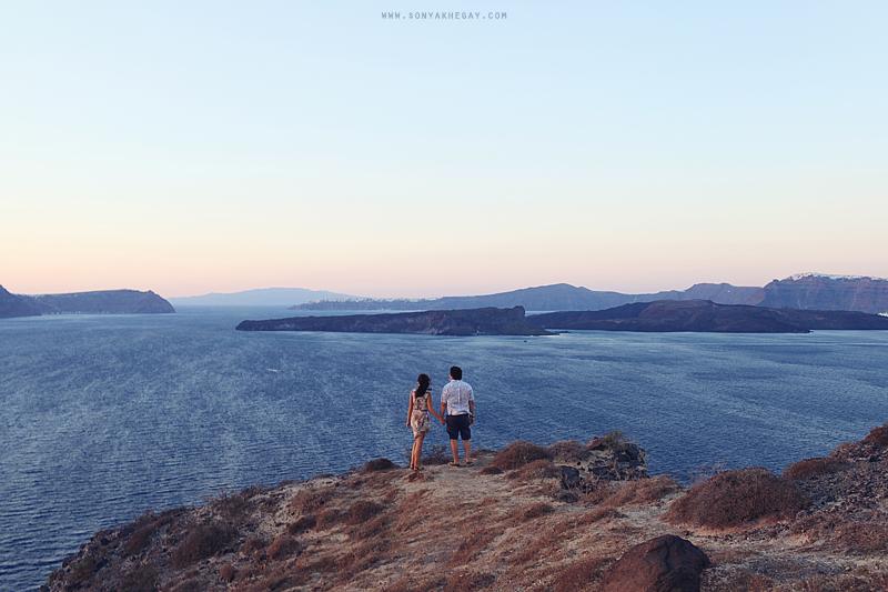 Santorini-lovestory-by-Sonya-Khegay-27
