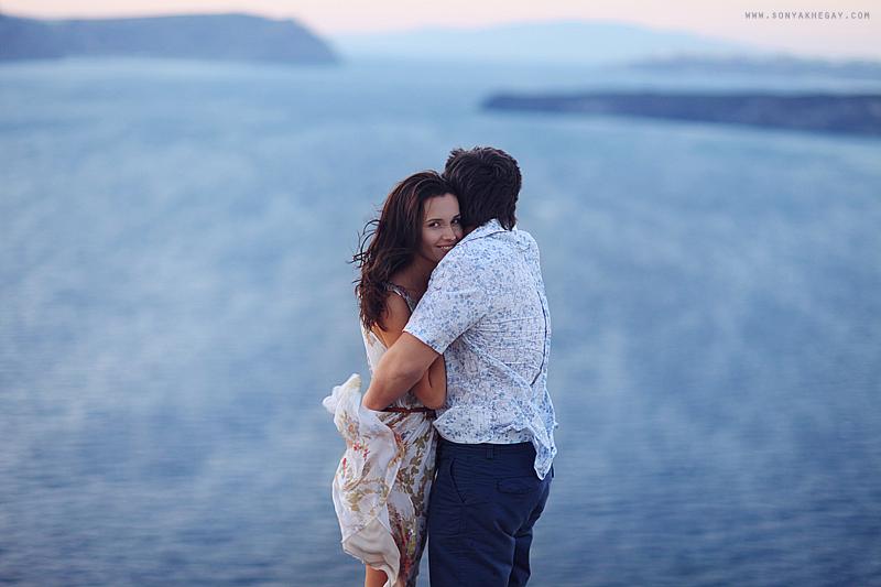 Santorini-lovestory-by-Sonya-Khegay-28