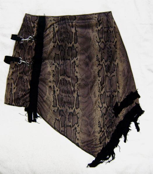 scavenger voodoo snake skirt back