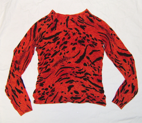 red black leo sweater