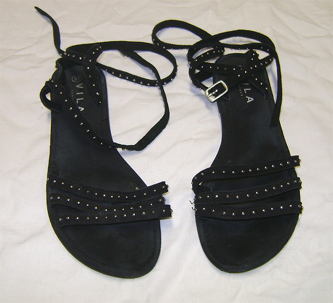 stut sandals