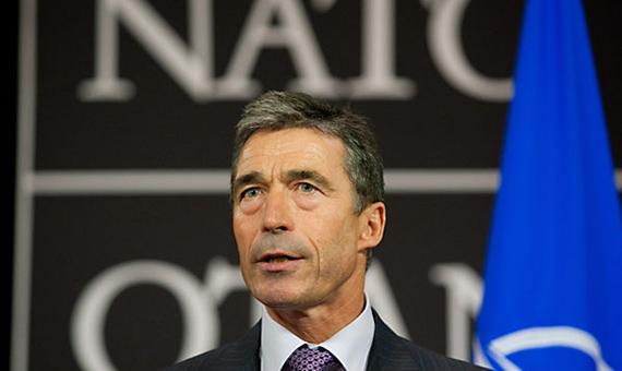 Rasmussen-NATO-vystupaet-za-territorialnuyu-tselostnost-Gruzii-rasmysen_rosija4