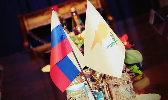 Kipr-vyiskazalsya-protiv-sanktsiy-ES-i-SSHA-podderzhal-pozitsiyu-Rossii-po-Kryimskomu-voprosu-620x400