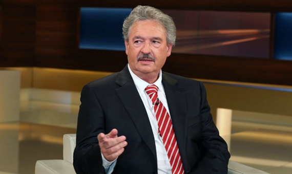 Jean-Asselborn-Auenminister-von-Luxemburg-in-der-ARD-Talkshow-ANNE-WILL-am-16-04-2014-in-Berlin-T_1404837934014535