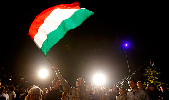 2014-04-06T214327Z_1550842533_LR1EA461I0W51_RTRMADP_3_HUNGARY-ELECTION-pic4_zoom-1000x1000-60894