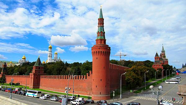 kreml-otvetil-na-obvineniya-obamy-v-otpravke-rossiyskih-voysk-na-ukrainu