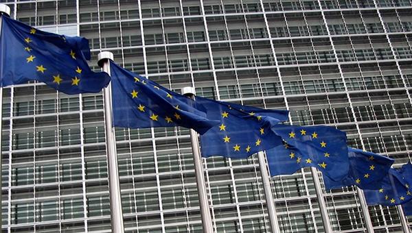 evrokomissiya-ne-isklyuchila-otmenu-sankciy-protiv-rossii
