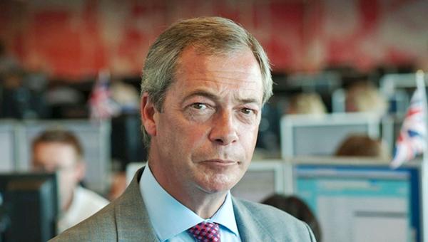 lider-britanskih-evroskeptikov-prizval-zapad-perestat-provocirovat-putina