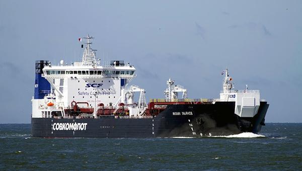 gazprom-neft-otpravila-vtoroy-tanker-s-neftyu-za-rubli