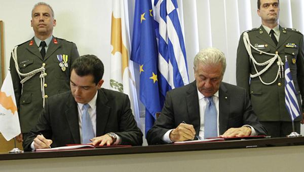 voennye-kipra-i-grecii-podpisali-memorandum-po-antikrizisnomu-sotrudnichestvu