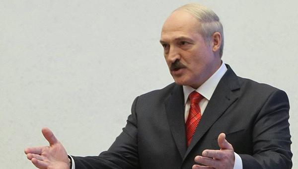 lukashenko-vyrazil-gotovnost-poslat-na-ukrainu-mirotvorcheskie-voyska