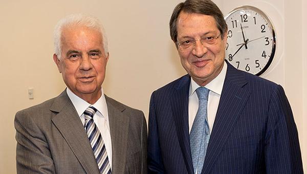 prezident-kipra-priostanavlivaet-vstrechi-s-tureckoy-storonoy