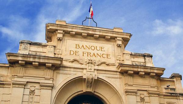 ekonomika-francii-vyshla-iz-stagnacii