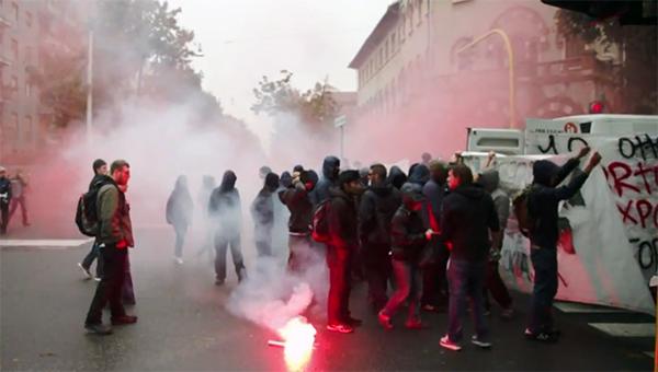 vizit-merkel-vyzval-protesty-v-milane