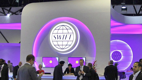 vtb-vedet-peregovory-so-sberbankom-o-sozdanii-alternativy-swift