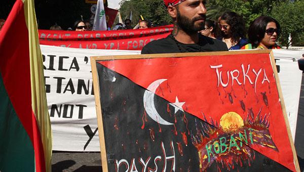 kurdy-v-nikosii-protestuyut-protiv-nereshitelnyh-deystviy-zapada