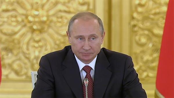 vladimir-putin-vstrechaetsya-s-sovetom-po-razvitiyu-grazhdanskogo-obschestva-i-pravam-cheloveka