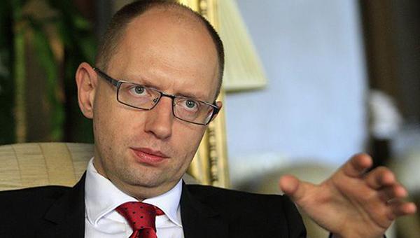 yacenyuk-ukraina-ne-mozhet-garantirovat-tranzit-rossiyskogo-gaza-v-evropu