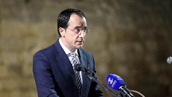 predstavitel-pravitelstva-kipra-sankcii-i-kontrsankcii-mezhdu-es-i-rf-nado-prekratit
