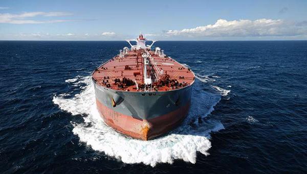 kto-skupaet-tankerami-vsyu-deshevuyu-neft