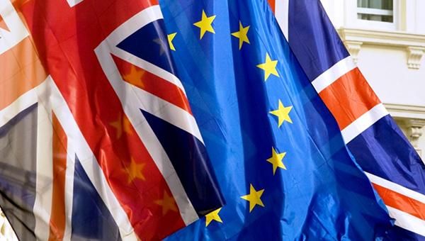 es-potreboval-ot-britanii-dopolnitelno-vyplatit-soobschestvu-2-1-mlrd-evro