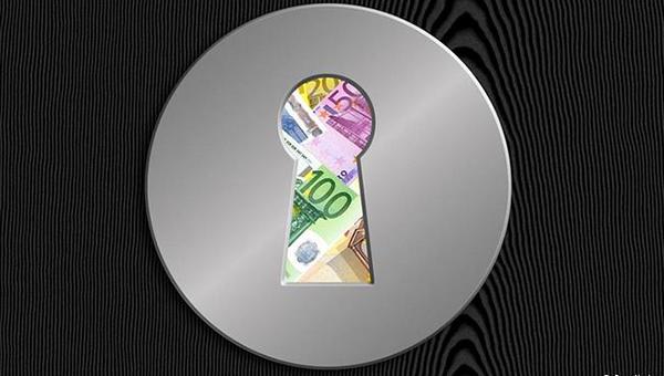 v-berline-provozglasili-konec-bankovskoy-tayny