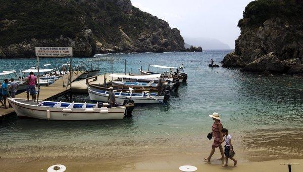 grecheskie-dokery-provodyat-zabastovku-protiv-privatizacii-portov
