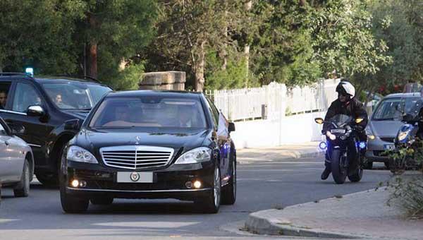 zakonodateli-kipra-nakonec-razdelili-limuziny