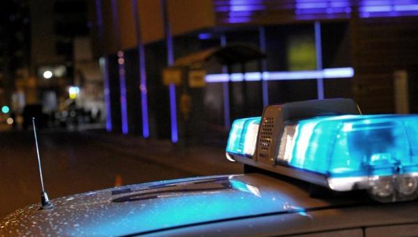 policiya-larnaki-provela-2-aresta-posle-ponozhovschiny-u-nochnogo-kluba