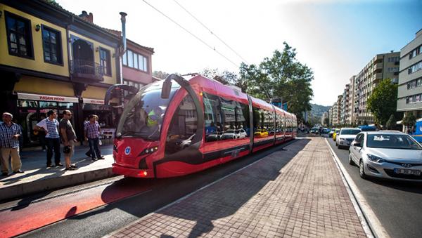 cherez-tri-mesyaca-na-kipre-mogut-poyavitsya-skorostnye-tramvai