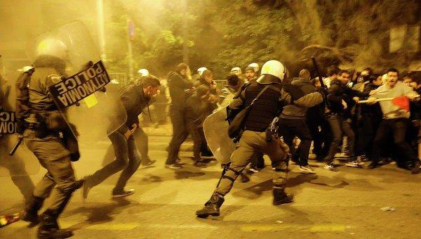 anarhisty-ustroili-besporyadki-v-neskolkih-gorodah-grecii