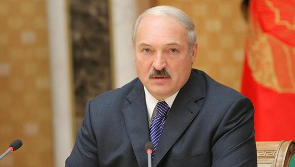 lukashenko-uvolil-ministra-oborony-belorussii