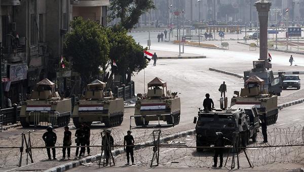v-egipte-siloviki-vydvorili-protestuyuschih-iz-centra-stolicy